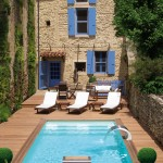 Installer une piscine dans une petite cour