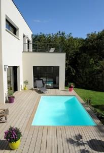 Les avantages d'une piscine en bois